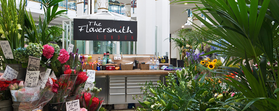 flowersmithputney-store-heros-954x3804 (1)